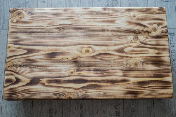 Großer Couchtisch aus Massivholz